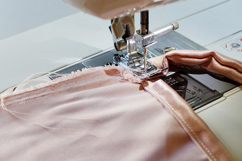 ผ้าอเนกประสงค์ 1 ผืน ใส่ได้ 4 แบบ